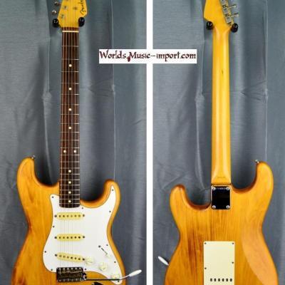 VENDUE.. Fender Stratocaster ST'62