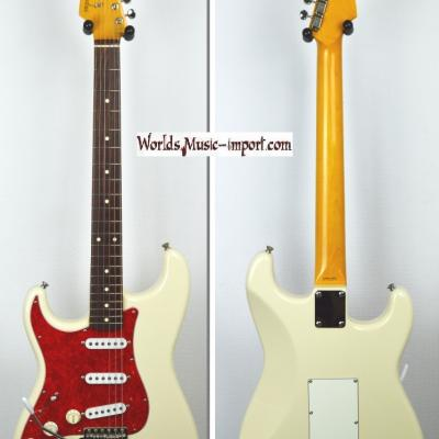 VENDUE... FENDER Stratocaster '62-LH 'Gaucher' VWhite 2001 Japon *OCCASION*