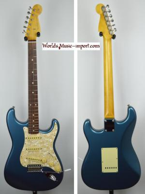 VENDUE... Fender Stratocaster ST'62-US 2004 Blu Metallic Satin