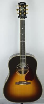 VENDUE... GIBSON J-45 CUSTOM Electro Sunburst 2012 US import  *OCCASION*